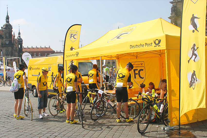 neuebande-fc-deutsche-post-radsport-event